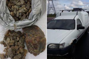 Muitinės aukcione – ir kontrabandininkų automobiliai, ir konfiskuota avalynė