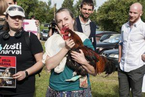 Gyvūnų teisių gynėjai protestavo prie Maisto ir veterinarijos tarnybos