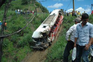 Ekvadore per autobuso avariją žuvo per 20 žmonių