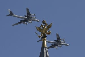 Islandija piktinasi Rusijos strateginių bombonešių skrydžiais
