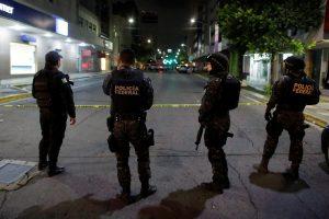 Meksikoje rasti devynių žmonių lavonai, penki iš jų – sukapoti