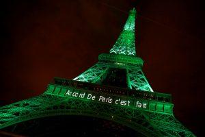 Eifelio bokšto laiptai parduoti už daugiau nei pusę milijono eurų