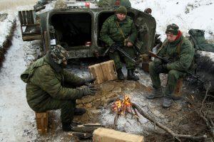 Per susirėmimus Ukrainoje žuvo mažiausiai penki kariai