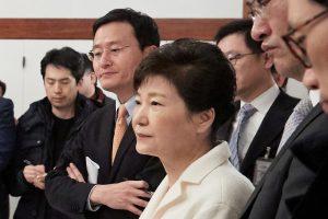 Pietų Korėjos prezidentė apkaltos posėdyje nedalyvavo