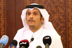 Krizės krečiamo Kataro ministras švelnina įtampą