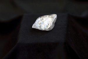 Rusijoje iškastas 60 karatų deimantas