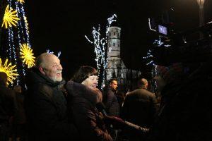 """Įžiebta Kalėdų eglė Šiauliuose paskelbė """"Šimtmečio Kalėdų"""" pradžią"""
