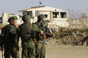 Rusija skelbia, kad Sirijoje žuvo trys jos kariai