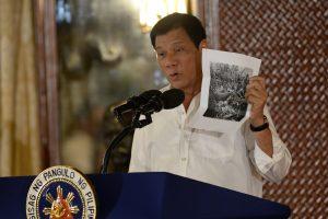 Vašingtonas: negavome oficialaus Filipinų prašymo išvesti karius