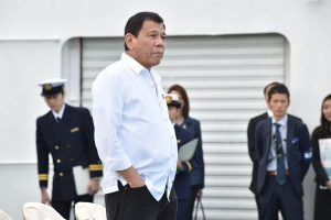 Atšauktas Filipinų lyderio susitikimas su Japonijos imperatoriumi