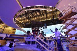 """Kijevas ruošiasi """"Eurovizijai"""": statoma 30 tonų scena"""