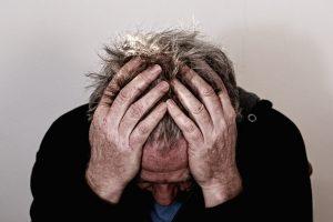 Kaip atpažinti migreną?