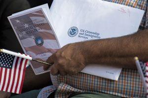 Amerika traukiasi iš JT susitarimo dėl migracijos