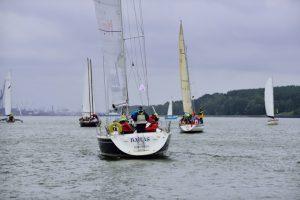 Dėl blogų sąlygų keturios jachtos regatos finišo nepasiekė