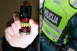 """Pas senjorę užsukęs """"policininkas"""" ją apipurškė dujomis ir apvogė"""