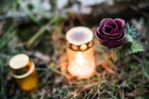 Nupjautas medis mirtinai sužalojo vyrą