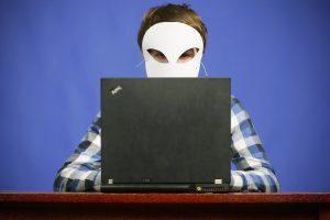 Kaip neįkliūti į pinkles perkant internetu? (sukčiavimo schemos)