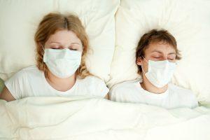 Apsauga nuo gripo: kaip dėvėti medicininę kaukę?