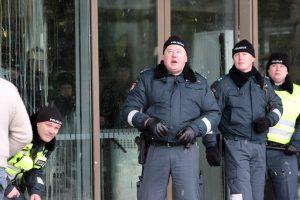 Sostinėje kiaušiniais apmėtytas Rusijos atstovybės pastatas