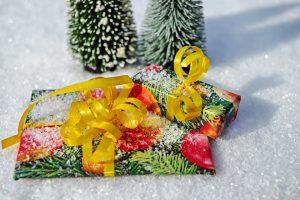 Kalėdos – kai į dovanų popierių bandai suvynioti meilę