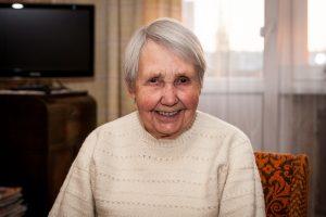90-metė mokytoja: 25 km pėsčiomis neužgožė noro mokyti