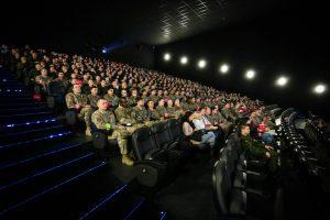 Tradiciniame seanse su kariais – herojiška pasaulinio karo istorija