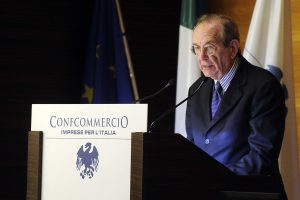 Finansų ministras: Italija neturi jokių problemų