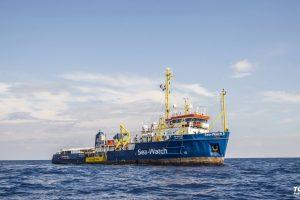 Italijos prokuroras: migrantų gelbėjimo laivas niekuo nenusižengė