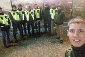 """Iniciatyvos """"Tvirtovai"""" savanoriai patruliuoja Kauno gatvėse"""