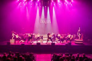 """Į naują teatro sezoną – """"The Beatles"""" stiliumi"""