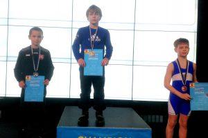 Jaunučių imtynininkai triumfavo Estijos turnyre