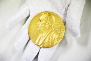Nobelio apdovanojimai pradedami medicinos premija