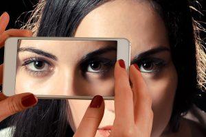 Akių gydytoja: televizorius – mažiausia blogybė