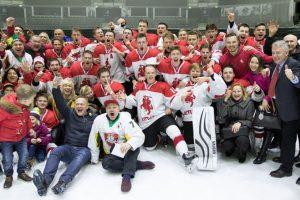 Jaunieji ledo ritulininkai triumfavo pasaulio čempionate