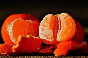 Kodėl žiemą renkamės citrusinius vaisius?