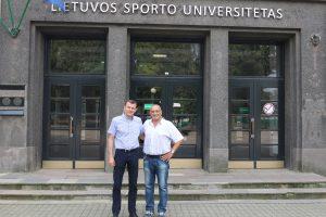 Garsus Turkijos krepšinio treneris lankėsi Sporto universitete