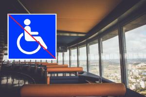 Esi neįgalus? Į restoraną televizijos bokšte – draudžiama