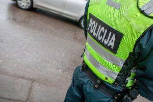 Mažeikiuose policininkas įtariamas nepilnametės persekiojimu