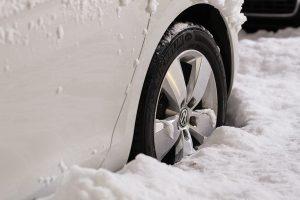 Kelionės žiemą: kokie padangų reikalavimai Europos šalyse?