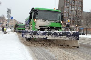 """""""Ecoservice Klaipėda"""": pliusinė temperatūra dar nereiškia saugaus kelio"""