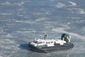 Ant Kuršių marių ledo – meškeriotojų desantas (skendo 9 žvejai)