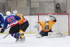 """Ledo ritulio čempionate – """"Hockey Punks"""" ir """"Juodupės"""" pergalės"""