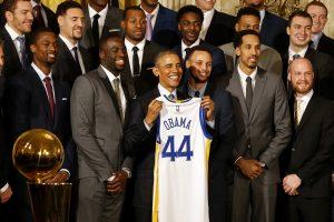 B. Obama norėtų valdyti NBA komandą