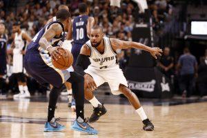 """Antrosios """"Hawks"""" ir """"Spurs"""" klubų pergalės NBA ketvirtfinaliuose"""