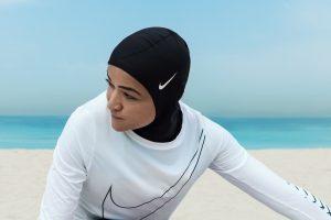 """""""Nike"""" gamins specialius hidžabus sportininkėms musulmonėms"""