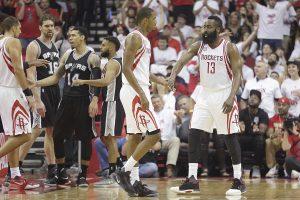 """Uždominavo: T. Parkerį praradusi """"Spurs"""" antrą kartą patiesė """"Rockets"""""""