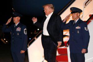 D. Trumpas plukdo JAV prezidento instituciją į pavojingus vandenis