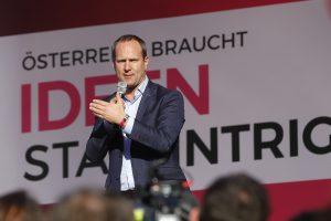 Austrijos parlamento rinkimus laimėjo konservatyvioji Liaudies partija