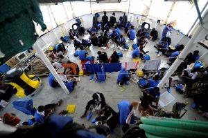 Portugalija pasisiūlė priimti dalį išgelbėtų migrantų