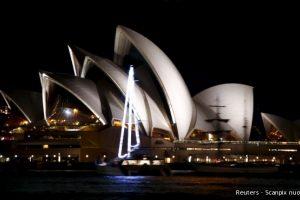 Sidnėjus užtemo minėdamas 10-ąją Žemės dieną